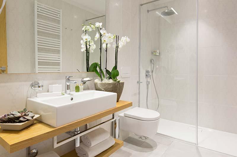 Vasco o doccia per arredare un bagno moderno